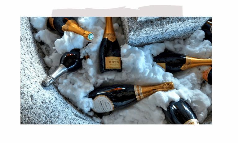 Champagne and wine bar in Megève