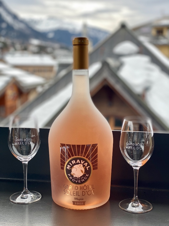 megeve hotel luxe bar