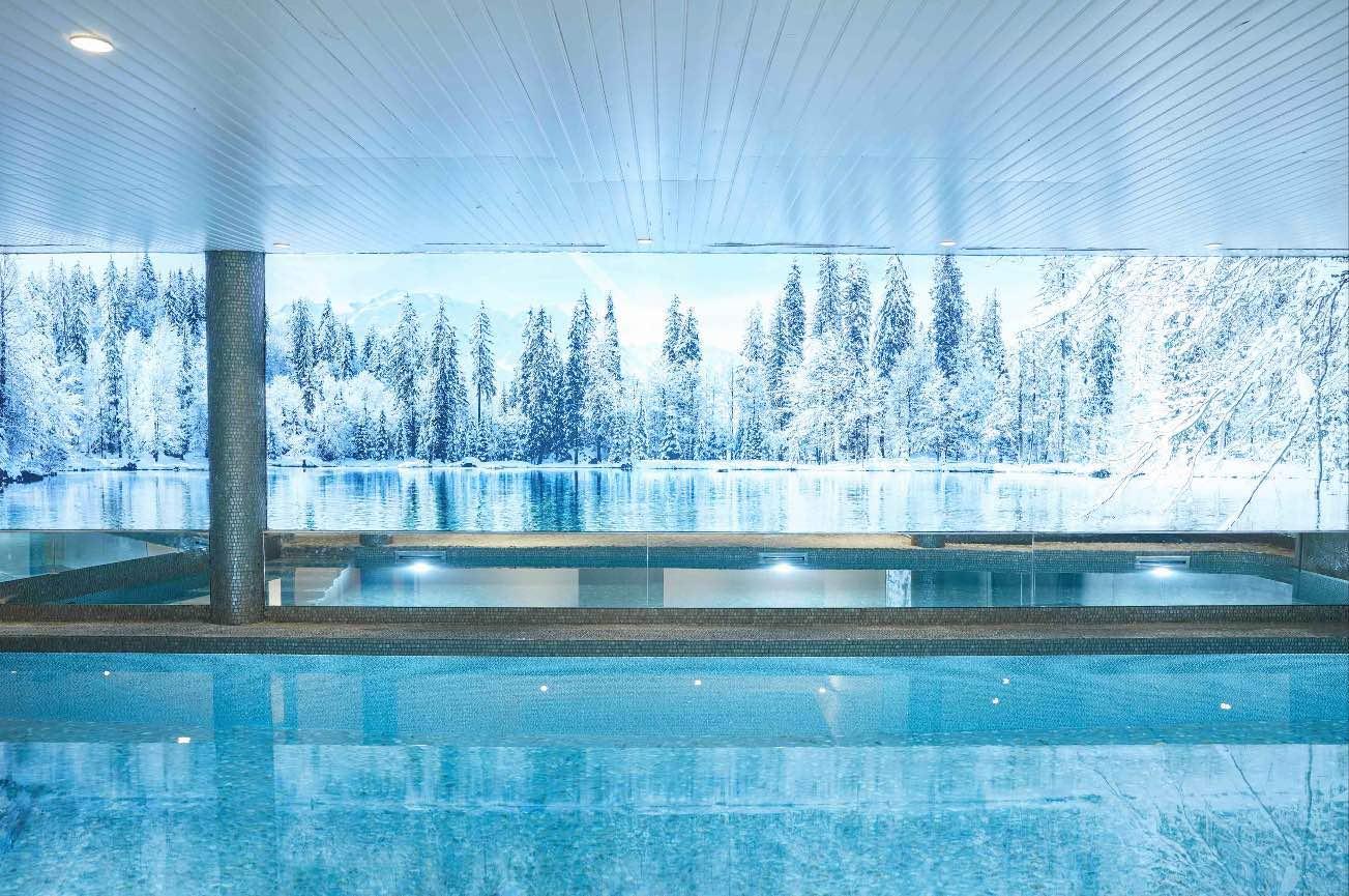hotel luxe piscine megeve